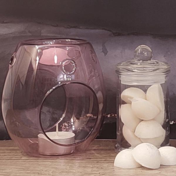 Różowy kominek do wosku zapachowego